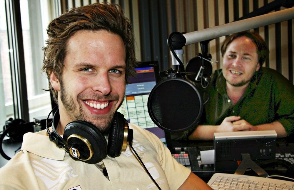 Alexander Dale Oen i radiostudio i P4. Foto.