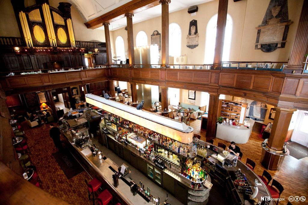 Irsk kirke omgjort til bar og restaurant. Foto.
