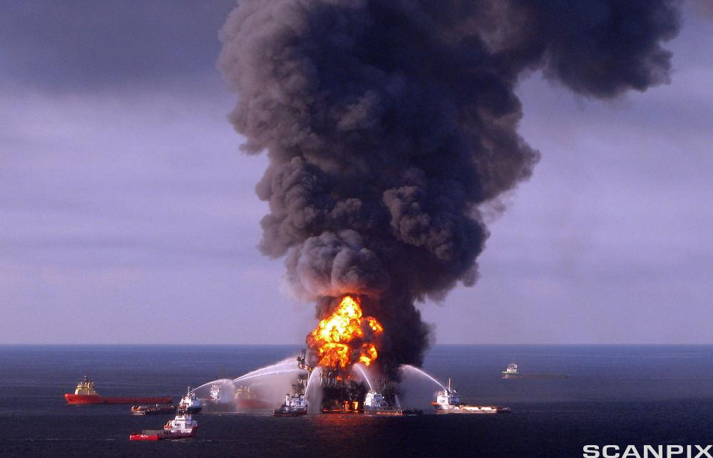 Brannslukking på oljerigg