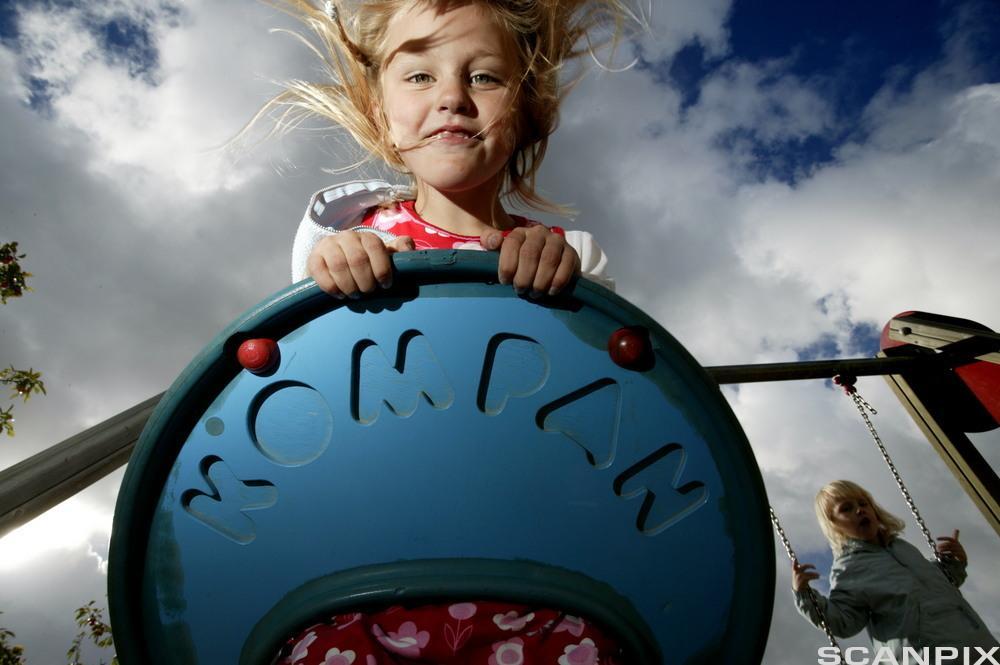 På lekeplassen. Foto.