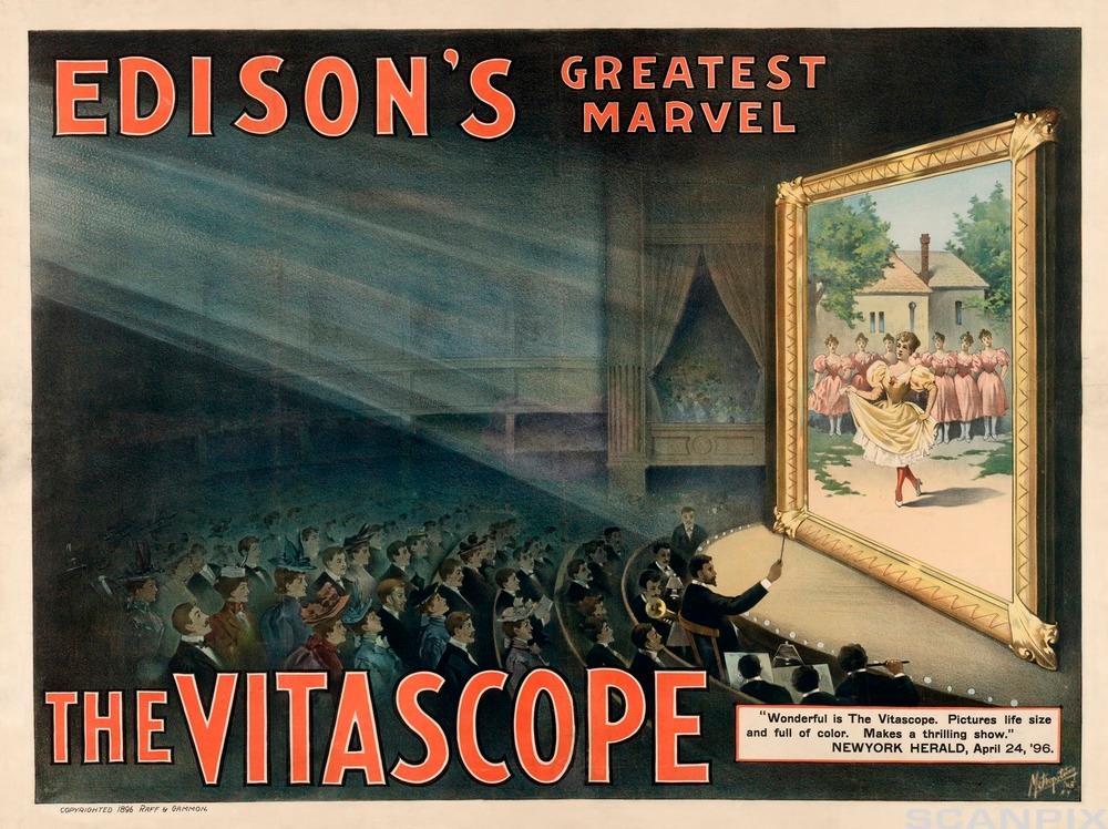 Filmfremviseren vitaskopet ble for første gang demonstrert i 1895 av Charles Jenkins and Thomas Armat. Det var en modifisert ver