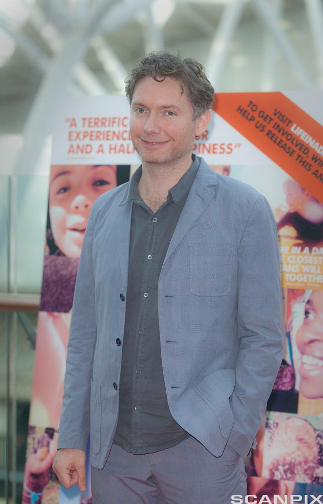 """Regissør Kevin MacDonald på premieren for den brukergenererte YouTube-filmen """"Life in a day"""" som ble tatt opp 14.juli 2010. I al"""