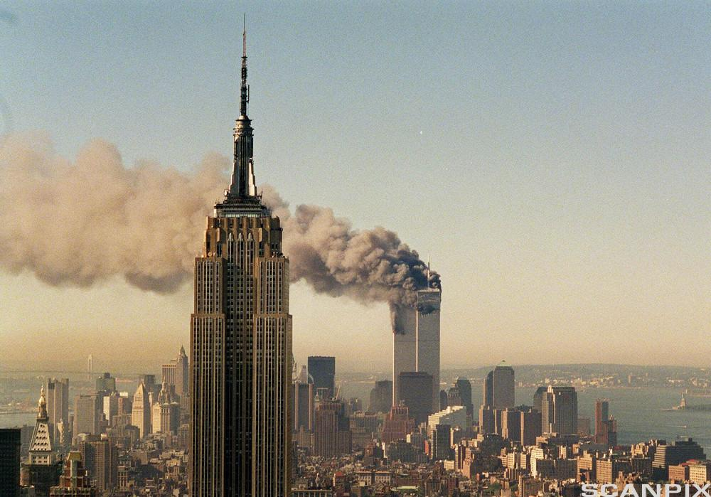 Picture of Twin Towers on September 11th, 2001
