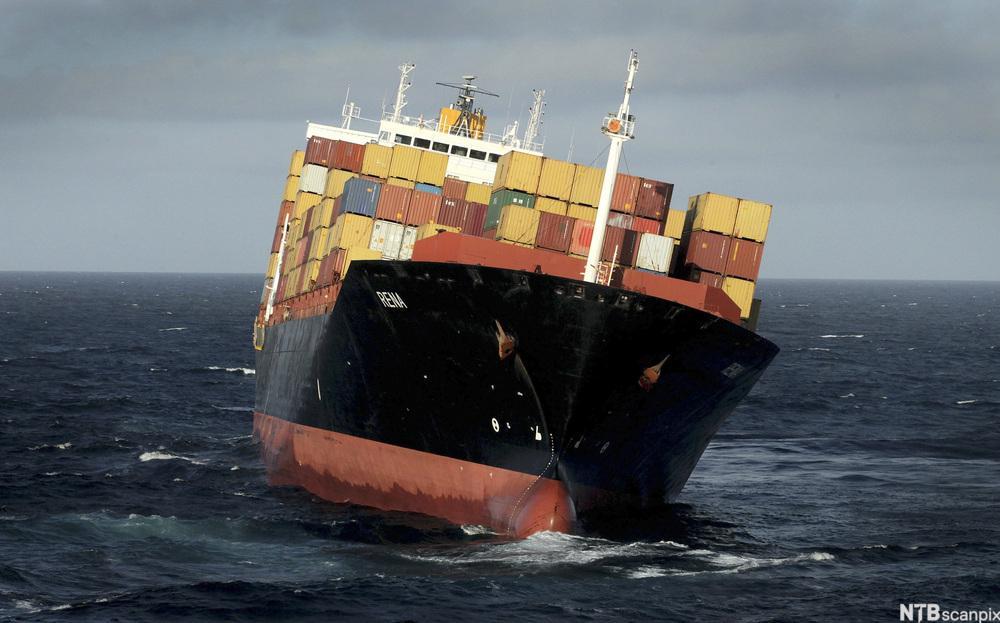 Sikring av gods på båt.