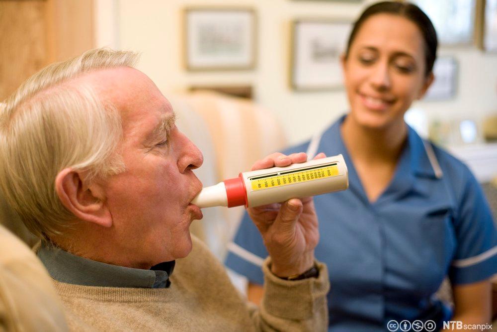 Undersøkelse av en persons lungefunksjon