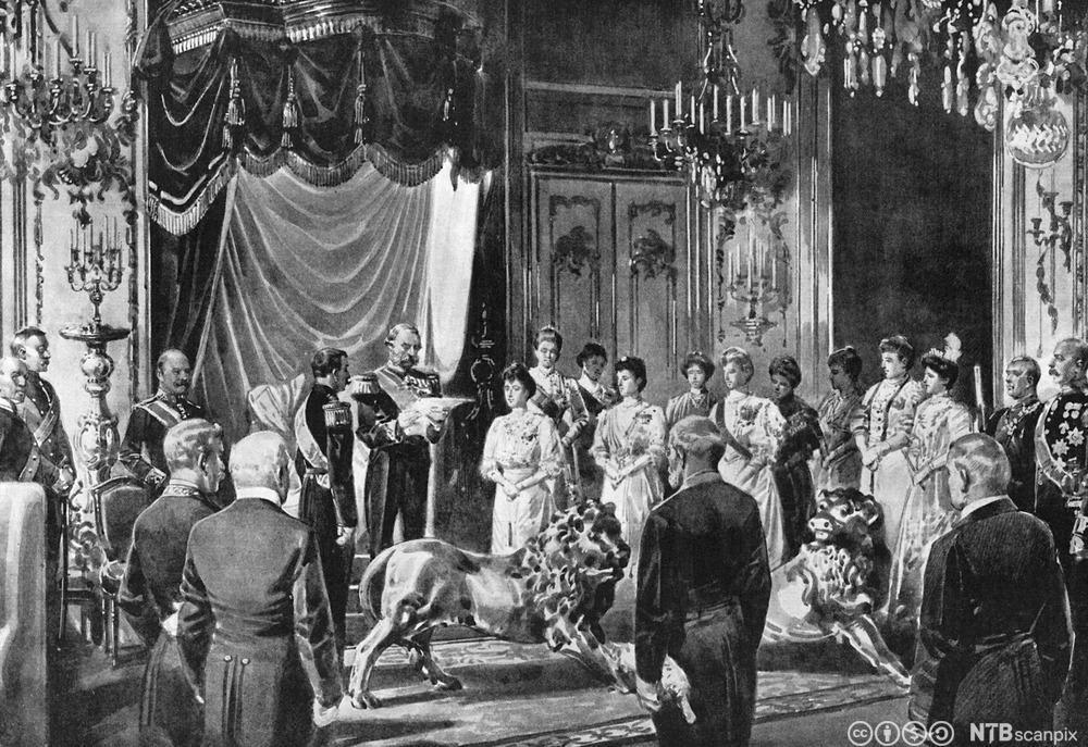 Christian IX av Danmark leser opp forespørsel fra det norske stortinget om prins Carl kan bli norsk konge. Foto.
