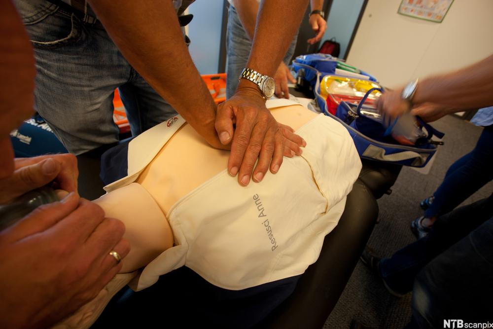 førstehjelp hjerte lunge redning