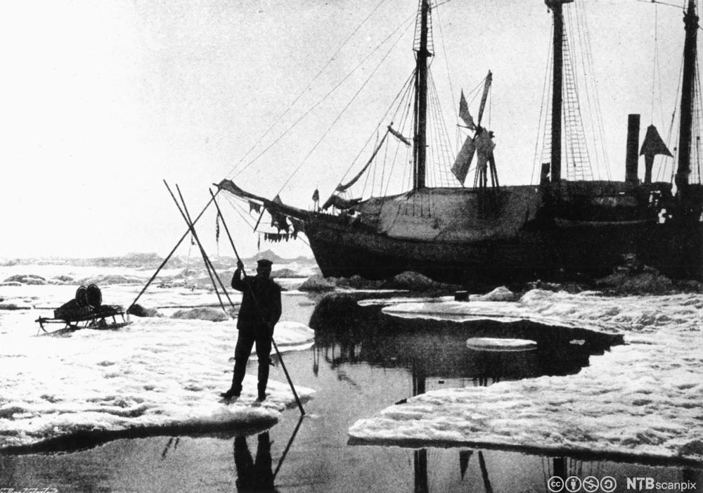 Fra Nansens polarekspedisjon 1894. Foto.
