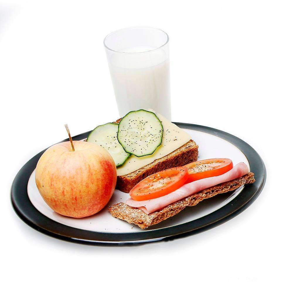 Bilete av frukost med mjølk. Foto.