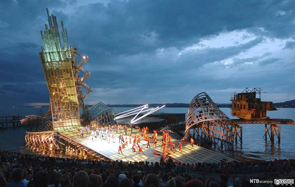 Utendørs operascene ved Bodensjøen, Bregenz. Foto.
