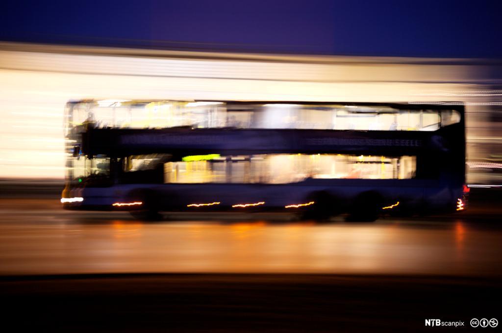Nattbussen kan vere ei utfordring for sjåføren.