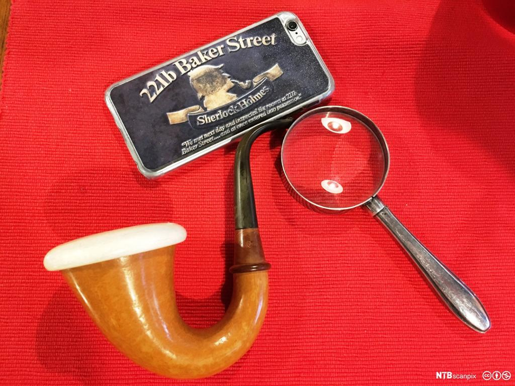 Sherlock Holmes memorabilia