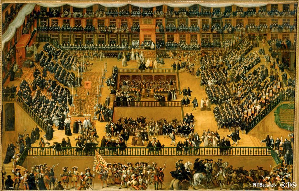 Mange mennnesker er samlet på en stor plass med tribuner. Maleri.