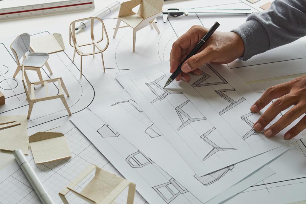 Skisser og 3d-modeller av stoler. Foto.