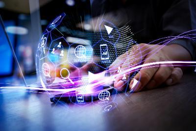 Diskuter nye teknologier og journalistikk i podkast
